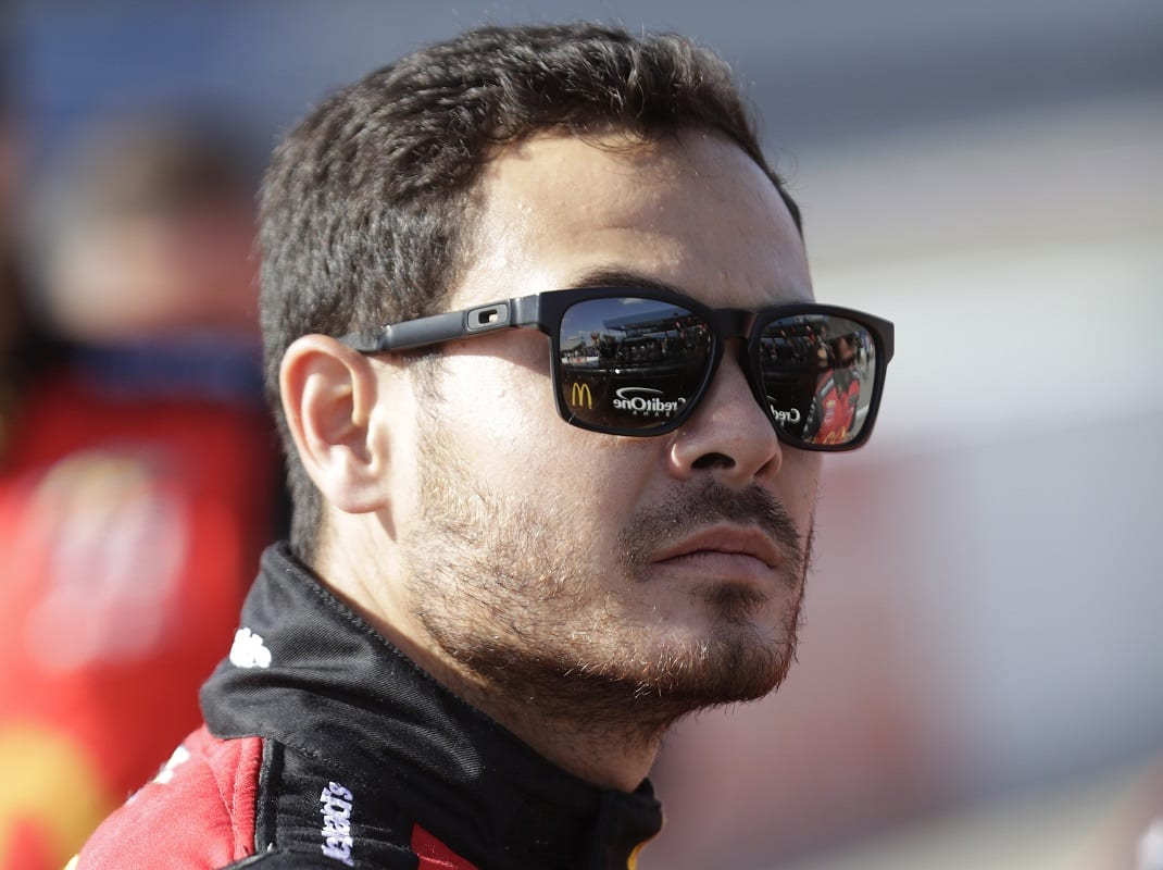 Larson Shakes Off Knoxville