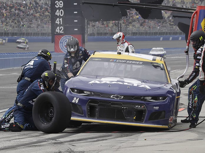 William Byron's primary pit crew has been sidelined due to multiple positive COVID-19 tests. (HHP/Harold Hinson Photo)