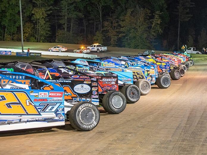 The Super DIRTcar Series schedule for the 2021 season has been released. (Matt Sullivan Photo)