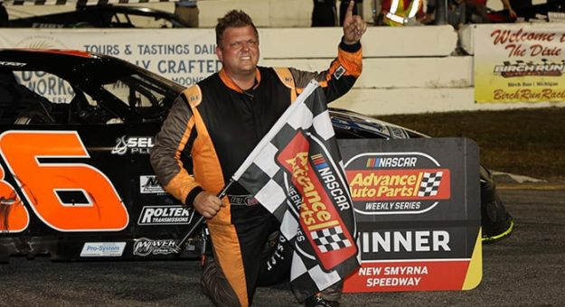 Dan Fredrickson won the super late model feature at the World Series of Asphalt Stock Car Racing on Wednesday. (Jim DuPont Photo)