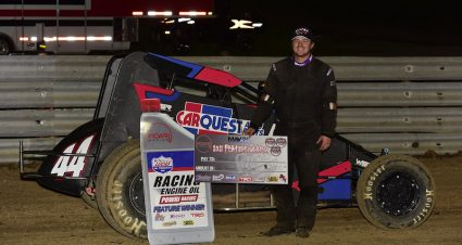 Wesley Smith Stars In POWRi Sprint