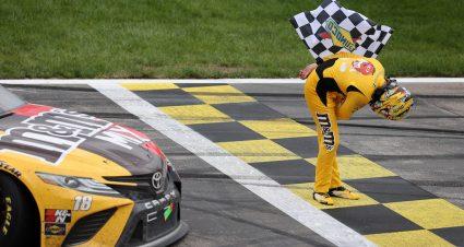 Cup Series Buschy McBusch Race 400