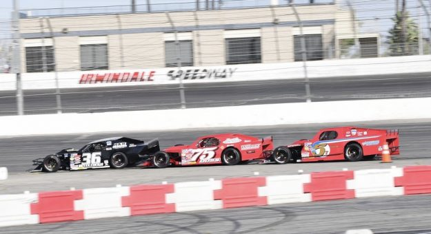 The SPEARS Modified Tour will race on Irwindale Speedway's half-mile oval this Saturday. (Sal Sigala Jr. Photo)