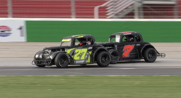 Isaac Bevin (27) won the Young Lions feature Wednesday at Atlanta Motor Speedway.