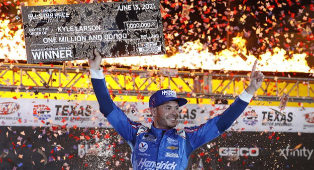 Kyle Larson earned a $1 million payday during the NASCAR All-Star Race. (HHP/Andrew Coppley)