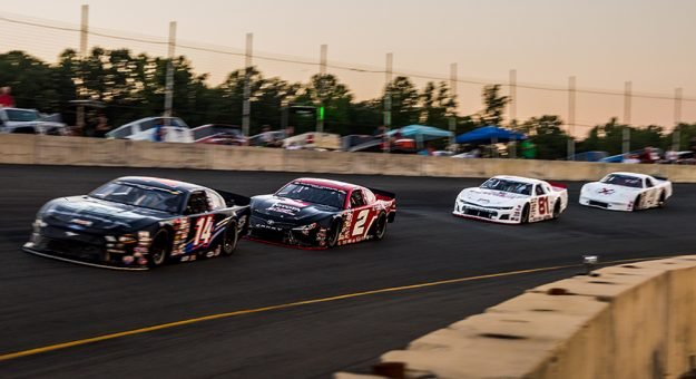 Dominion Raceway will welcome the CARS Tour this Saturday. (Dinah Mullins Photo)