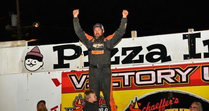 Chilton Takes Finale, McIntosh Is Southern Nationals Champ